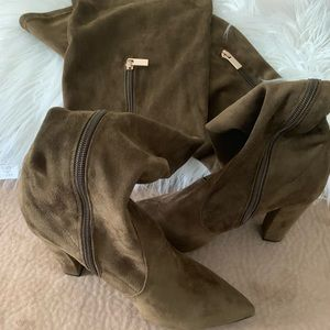 "Bamboo ""Madam 07M"" Olive Green Thigh High boots"